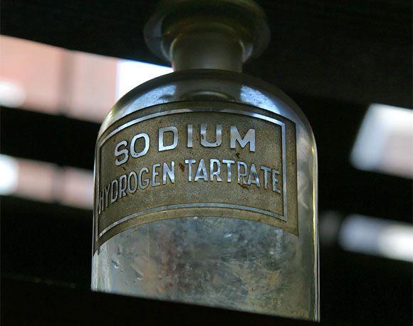 QUIMACOVA presenta en Laboralia una guía para el almacenamiento de productos químicos