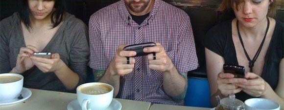 Tecnoestrés: ¿ Son los telefonos móviles un factor de estrés laboral ?