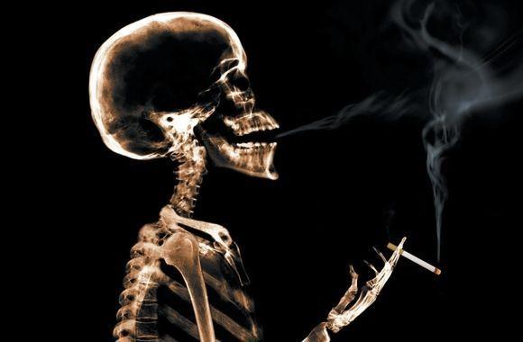 La Diputación ayuda a sus trabajadores a dejar de fumar