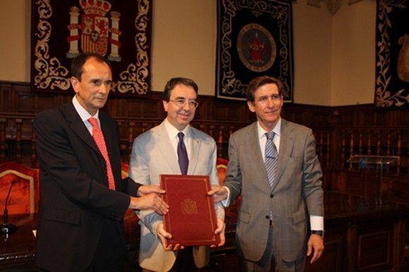 El Instituto de Salud Carlos III, la Universidad de Alcalá y Corporación Mutua firman un acuerdo de colaboración para la promoción de la I+D+i aplicada a la medicina del trabajo