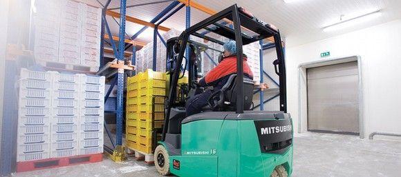 Publicada la Nueva UNE 58451:2012  Formación de los operadores de carretillas de manutención
