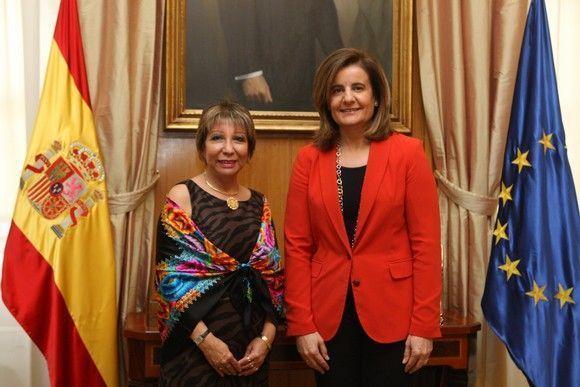 Ministra de Trabajo de Perú busca en España trabajadores especializados