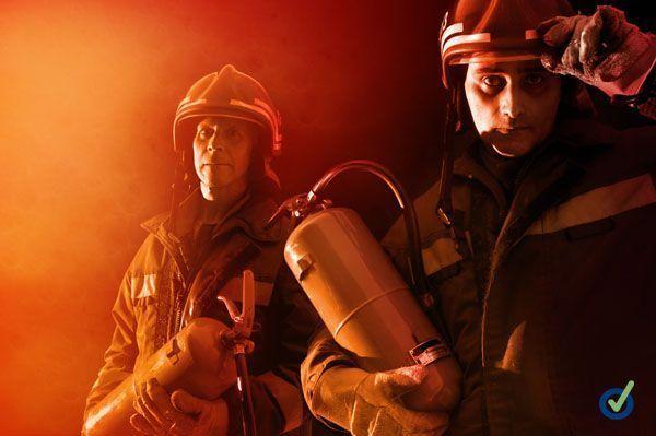 La Universidad Miguel Hernandez realiza un simulacro de incendio