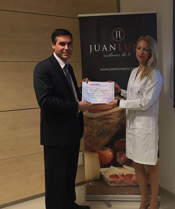 Distribuciones Juan Luna premiada por su baja siniestralidad