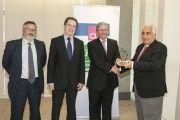 """El Grupo CLH otorga el premio """"Cero accidentes"""" 2015 a la empresa Millecasa"""