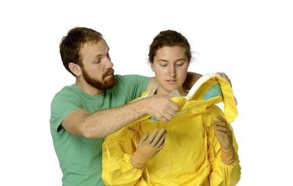 Johns Hopkins y DuPont unen fuerzas para producir un traje de protección mejorado frente al ébola
