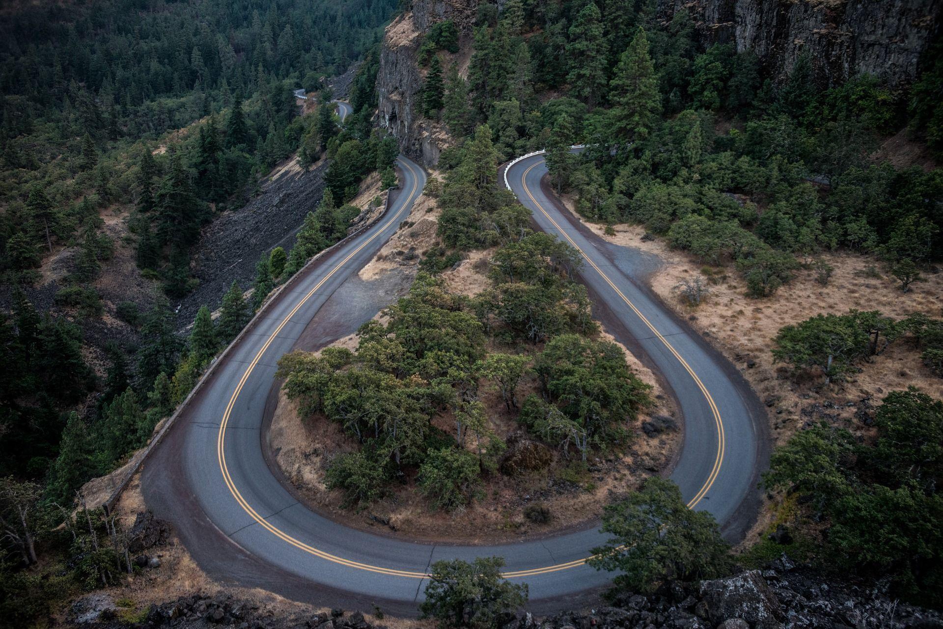 Carreteras secundarias. Consejos a tener en cuenta.
