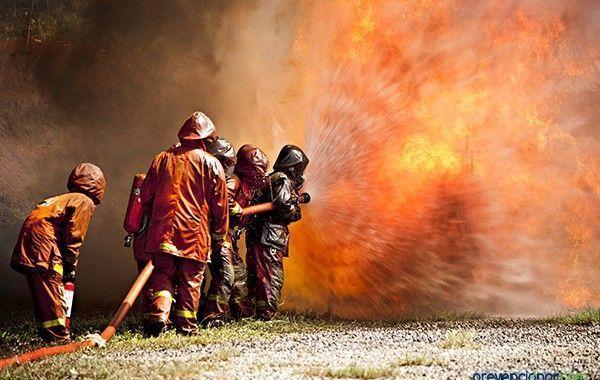 Actividades de formación en materia de atención de emergencias y protección civil