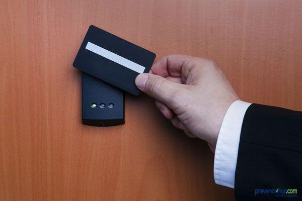Control de accesos en Coordinación de Actividades Empresariales