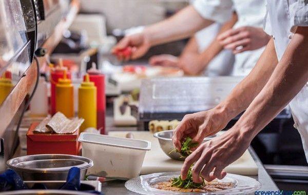 Condiciones de trabajo en centros de catering