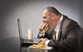 La alimentación puede contribuir a reducir el estrés laboral