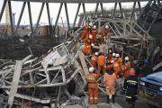 74 muertos por la caída de un andamio