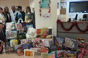 Mutua Universal solidaria con la infancia recolecta miles de juguetes en época de Navidad