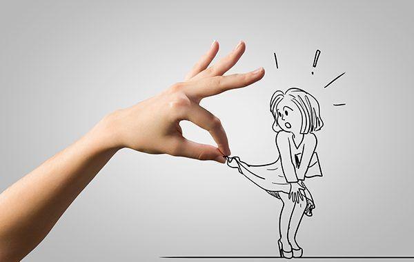 ACOSO: El jefe le llegó a plantear a la mujer acosada