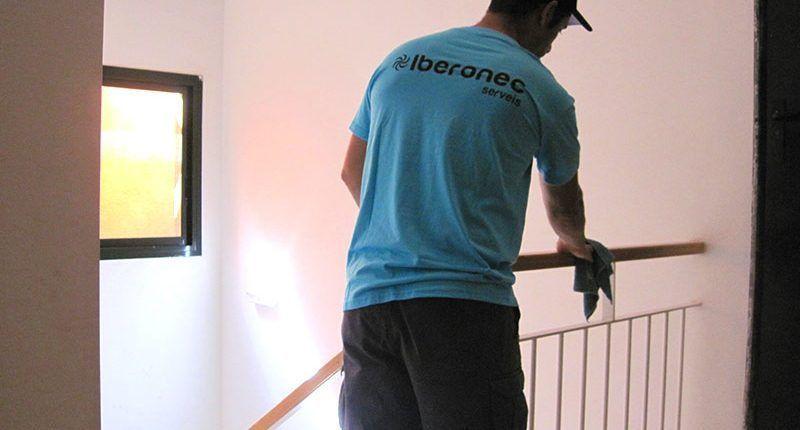 ¿Menos absentismo laboral en verano gracias a la limpieza?