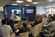 Asepeyo presenta el exoesqueleto en las jornadas de innovación, 'iFridays', de Sacyr