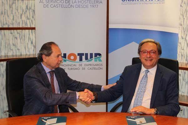 Unión de Mutuas y ASHOTUR Acuerdo