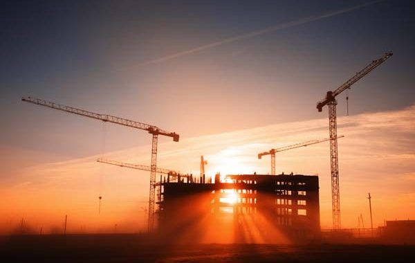 ¡Descarga! Construcción. Edificación y Obras Públicas