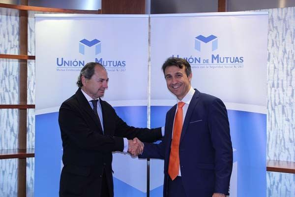 FEPAC-ASAJA  y Unión de  Mutuas  firman un convenio  de  colaboración