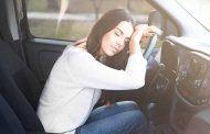 ¿Sería preferible echarse una siesta en el coche en lugar de conducir?