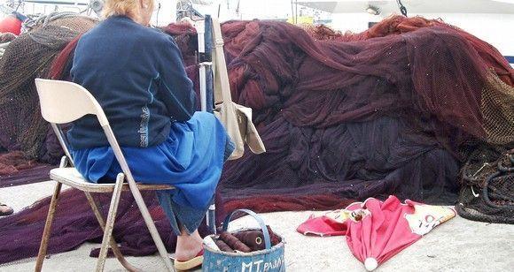 Osalan: Próxima guía sobre las enfermedades laborales que afectan a rederas, neskatilas y empacadoras