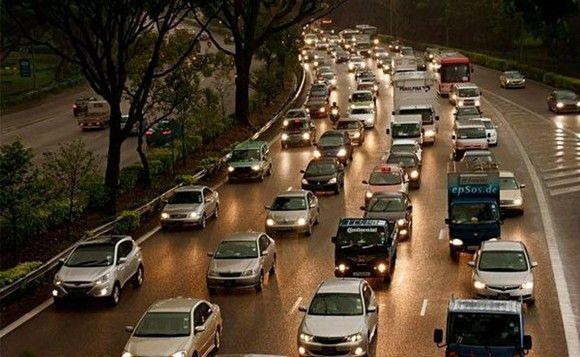 Los smartphones producen más accidentes de tráfico que el alcohol