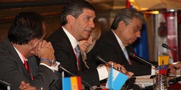 Colombia firmó en España convenios sobre política preventiva y seguridad en el trabajo