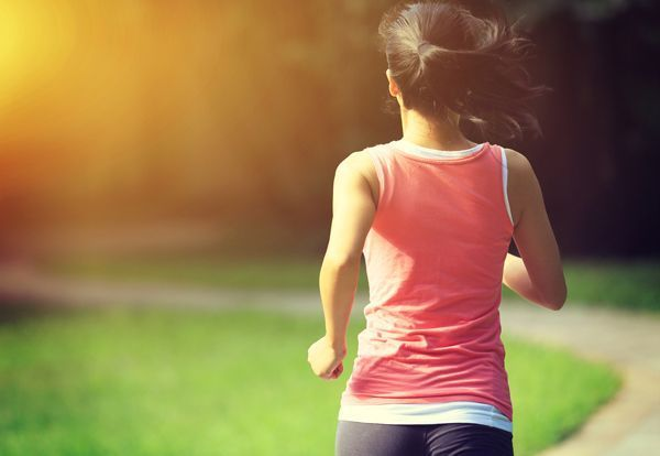 Cómo combatir los riesgos del sedentarismo laboral