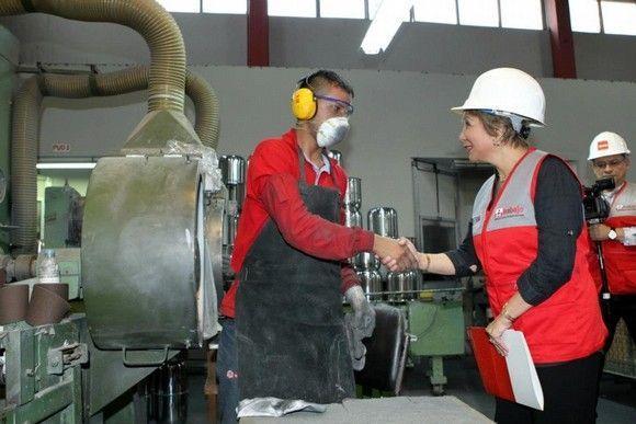 La ministra de Trabajo y Promoción del Empleo de #Perú se implica con la prevención de riesgos laborales #28PRL
