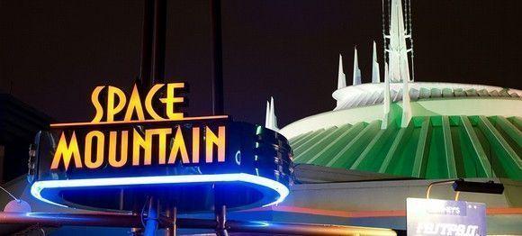 Disneyland cierra tres juegos por seguridad de sus empleados