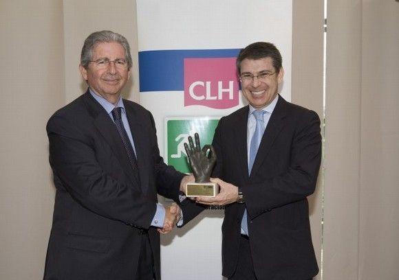"""El Grupo CLH otorga el premio """"Cero Accidentes"""" 2013 a la empresa FCC Industrial"""