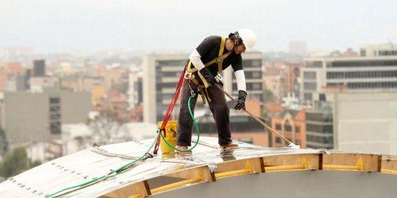 En #Colombia empresas y gremios podrán implementar programas de formación para Trabajo en Alturas
