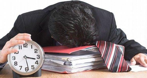 Las horas extras en el trabajo «pueden costar la salud»