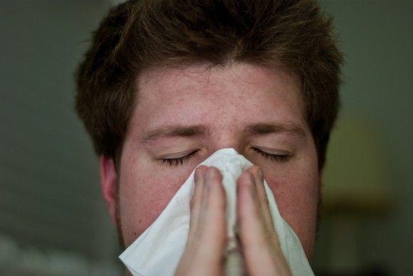 La gripe común es el principal motivo de absentismo laboral en España
