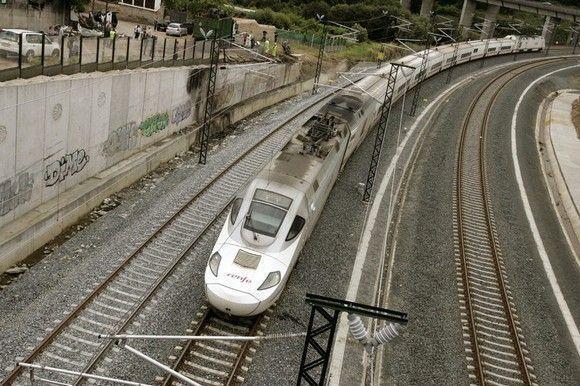 """Jornada de análisis de accidente: """"El descarrilamiento de tren en angrois"""""""