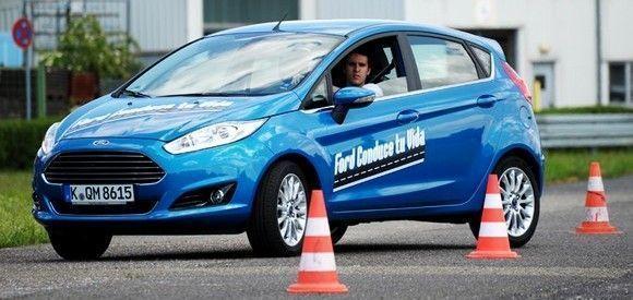 """""""Ford, Conduce tu Vida"""", el programa gratuito de formación presencial y online en seguridad vial"""
