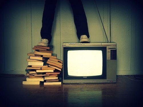 Ver demasiada televisión te puede matar