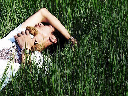 Un estudio finlandés nos dice que durmiendo bien de noche, trabajaríamos mejor de día.