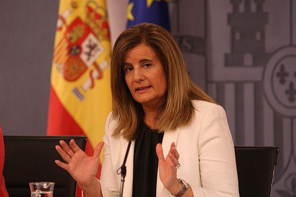 Fátima Báñez destaca que con la Ley de Mutuas ganan los trabajadores, las empresas y la Seguridad Social