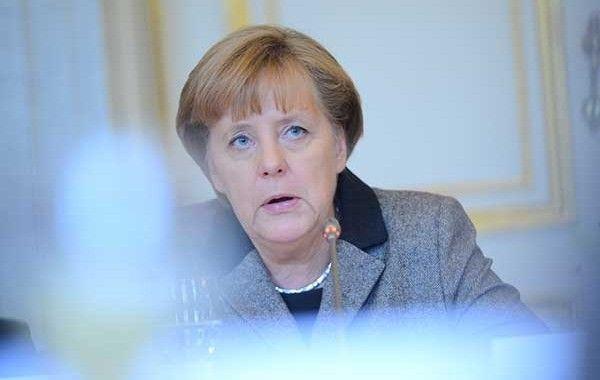Merkel quiere impulsar en el G7 la mejora de la seguridad laboral mundial