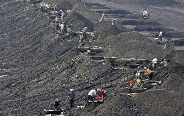 China considera cerrar 5.000 minas por motivos de seguridad