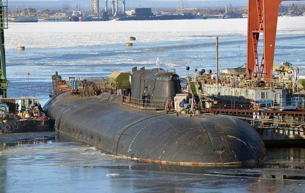 Video: Un submarino nuclear se incendia mientras le realizaban tareas de mantenimiento