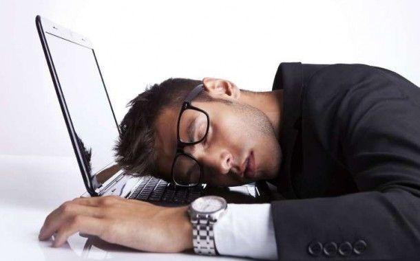 La somnolencia en el trabajo no supone riesgo en el trabajo