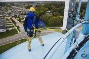Cerca de 50 trabajadores mueren al año por caídas en altura