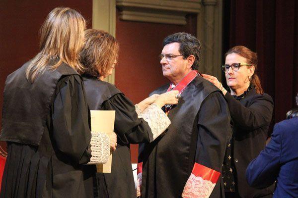 Rafael Ruiz Calatrava recibe la Cruz de Honor de San Raimundo de Peñafort