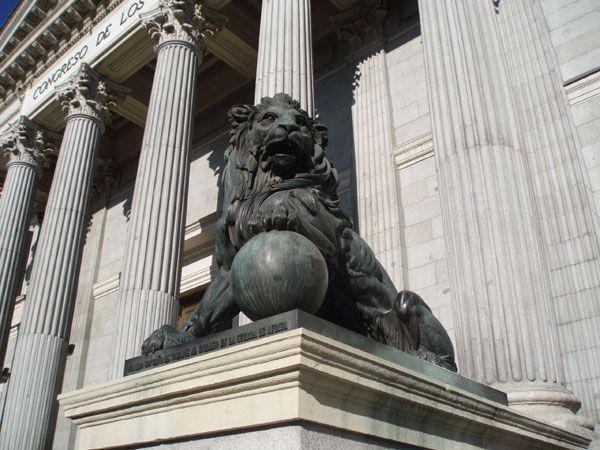 El Congreso pide analizar la Ley de Prevención de Riesgos Laborales y aumentar los recursos