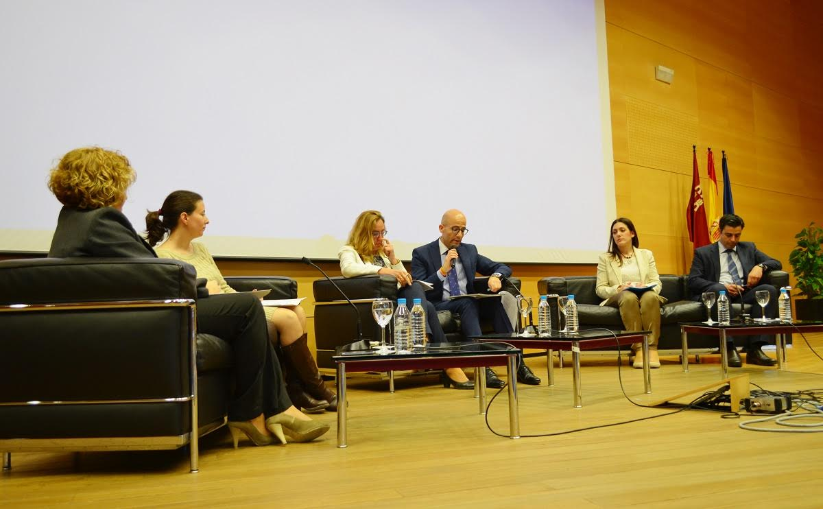 Dirección Humana participa en la Mesa Redonda 'Empresas por una sociedad libre de violencia de género'