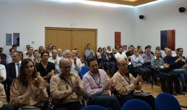 Responsables de las empresas contratistas y de Repsol durante la reunión