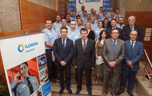 Entrega de cirtificados a la III Promoción de técnicos en Extinción de Incendios y Emergencias de la Universidad de Alcalá
