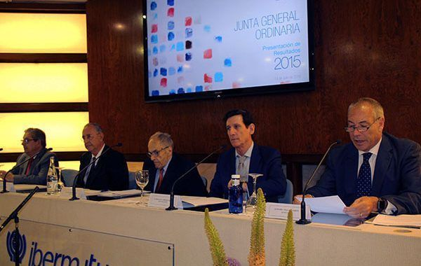 Ibermutuamur obtiene unos excedentes de 100 millones de euros en el ejercicio 2015